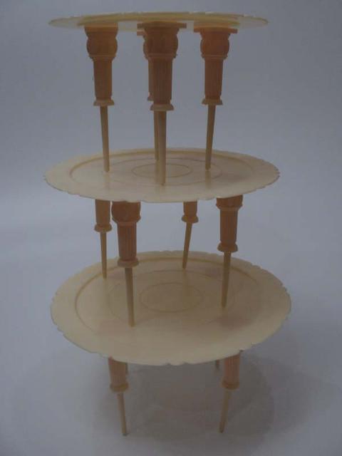 Стойка для торта 3 - х ярусная ( с колоннами)