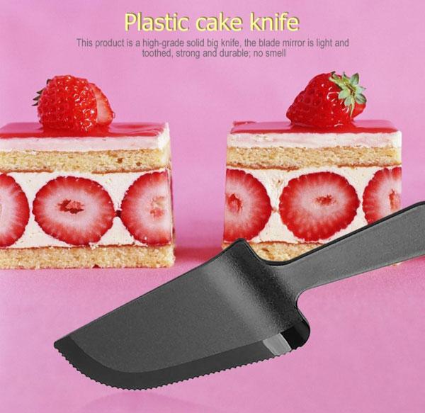 Лопатка для торта пластик